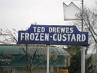 USA - St Louis MO - Ted Drewes Frozen Custard Neon(13 Apr 2009)